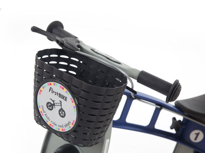Black-basket-on-bike.jpg
